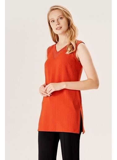 NaraMaxx V Yaka Sıfır Kol Bluz Kırmızı